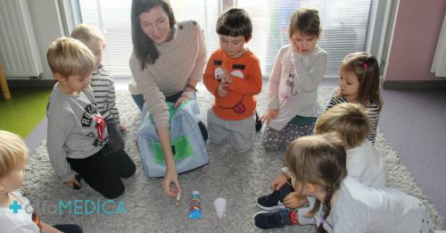 jak uczyć dziecko myć ząbki, Alfamedica
